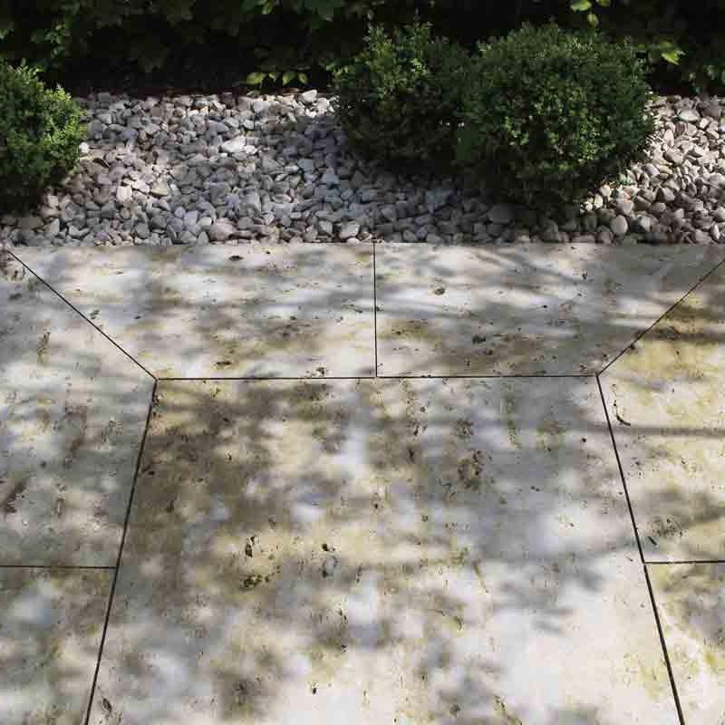 Die Bodenplatten im Hauseingang sind im Detail geplant